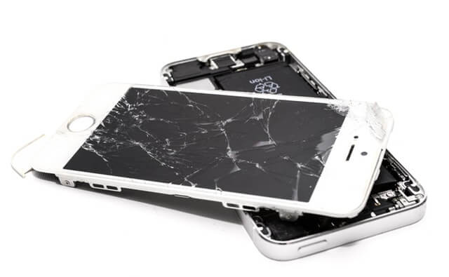 co zrobić ze zbitą szybką w iphone